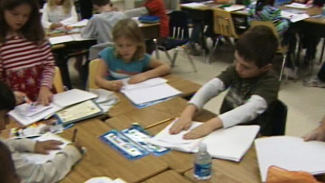 VIDEO: http:Is there a relationship between working moms and American kids struggling in the classroom?