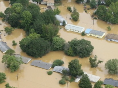 VIDEO: Flood waters in the South