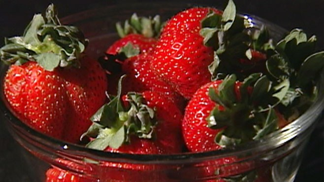 VIDEO: Research shows freeze-dried strawberries are a powerful cancer fighting tool.