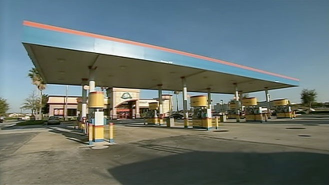 VIDEO: The average price of gas could be over $4 per gallon by summer.