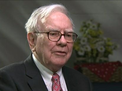 VIDEO: Warren Buffett talks to Bianna Golodryga about the economy.