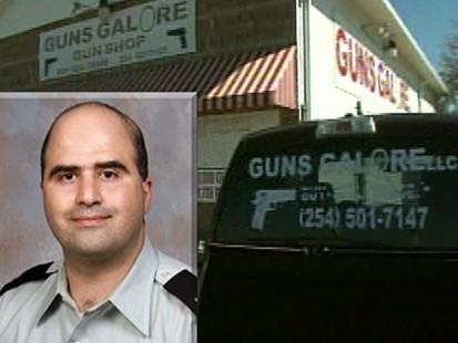 VIDEO: How alleged Fort Hood shooter bought a gun