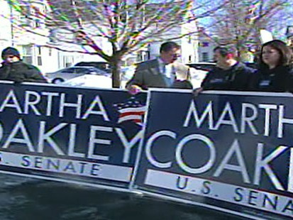 VIDEO: Massachusetts Senate Candidates Pull Out All Stops Ahead of Election