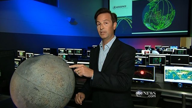 VIDEO: Los Angeles command center projects NASA satellite will fall south of Hawaii.