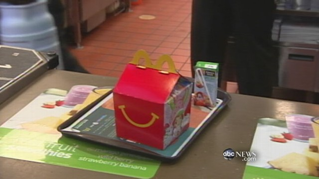 VIDEO: McDonald's rolls out new children's happy meal in response to health movement.