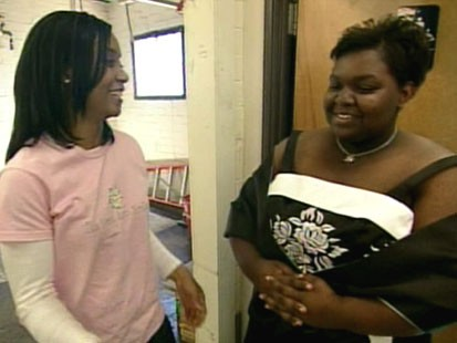 VIDEO: One woman makes young prom dreams come true.