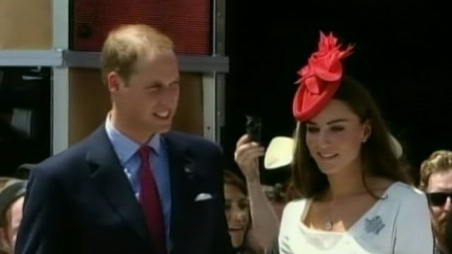 VIDEO: The Duke and Duchess of Cambridge greet royal fans in Canada.