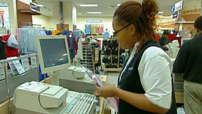 VIDEO: Sharyn Alfonsi reports on why the 2010 holiday season looks promising.