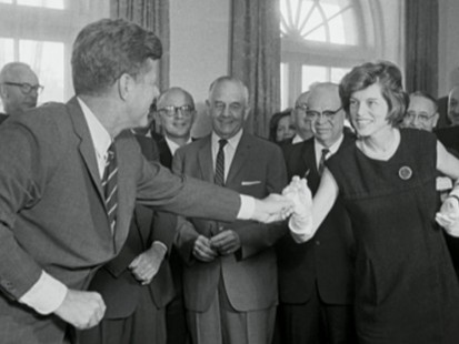 VIDEO: Eunice Kennedy Shriver Is Dead at 88