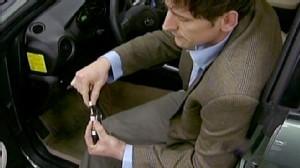 Cop Stops Runaway Toyota Prius Video - ABC News