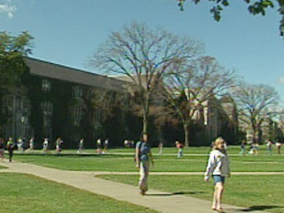 VIDEO: Returning college students struggle to pay tuition during bleak economy.