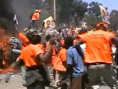 VIDEO: Kenyans say corrupt leaders dont deserve visit from Obama