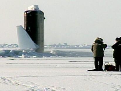 VIDEO: Arctic sub