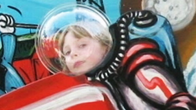 VIDEO: Eleven-year-old has a popular show on the Web inventing things.