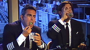 Photo: What would you do if you saw two airline pilots drinking before a flight?
