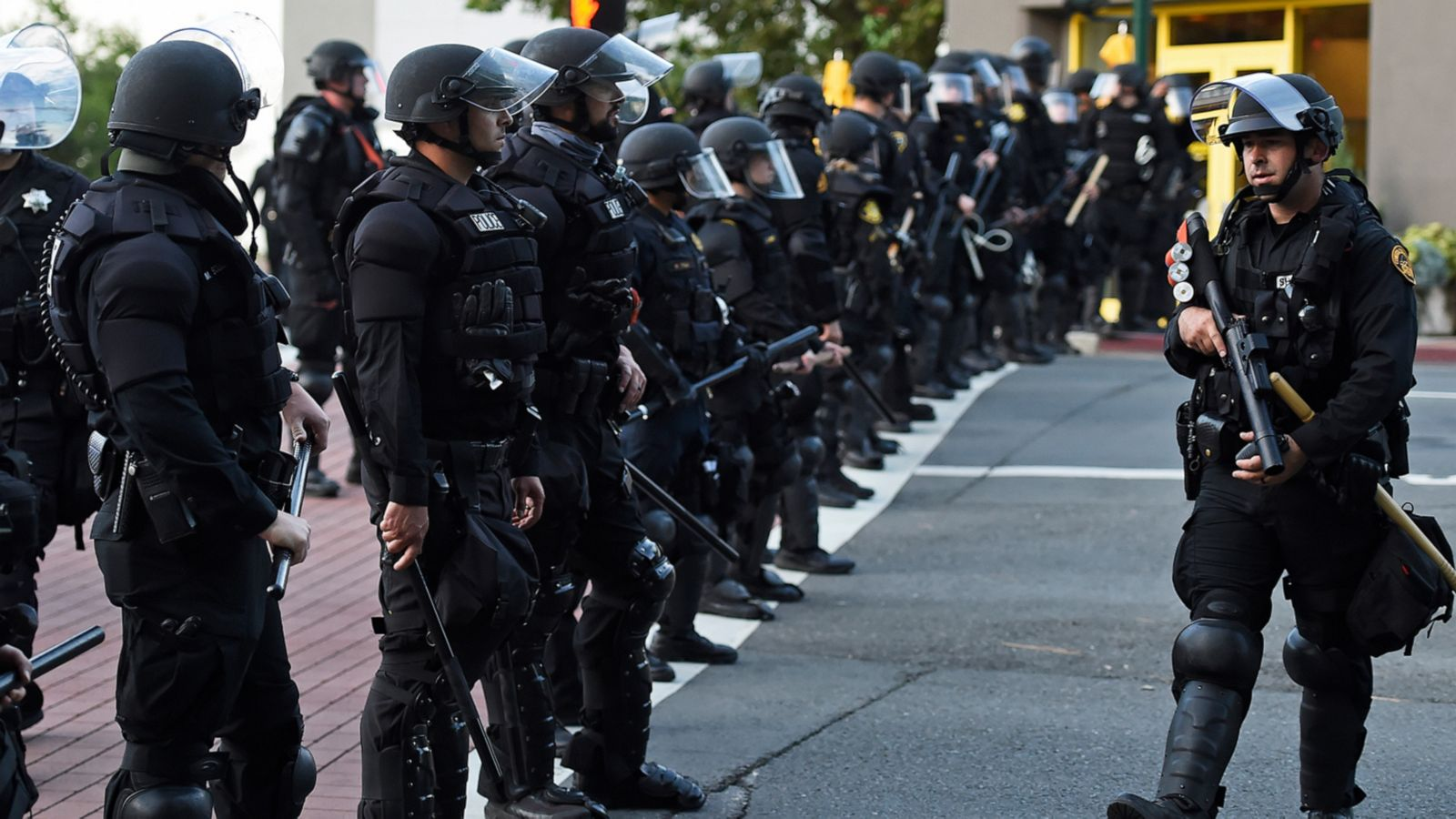 FiveThirtyEight Politics Podcast: The data behind police violence