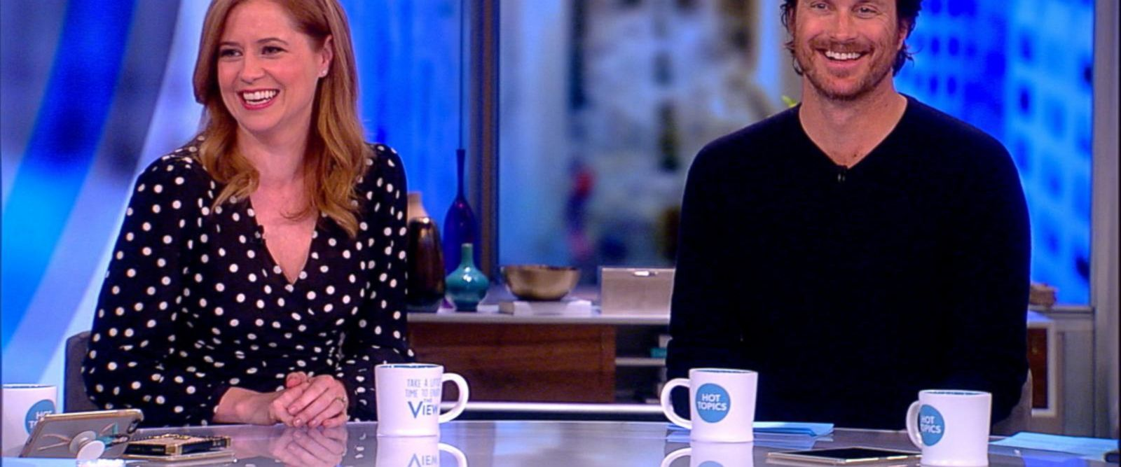 VIDEO: Jenna Fischer, Oliver Hudson talk 'Splitting Up Together'