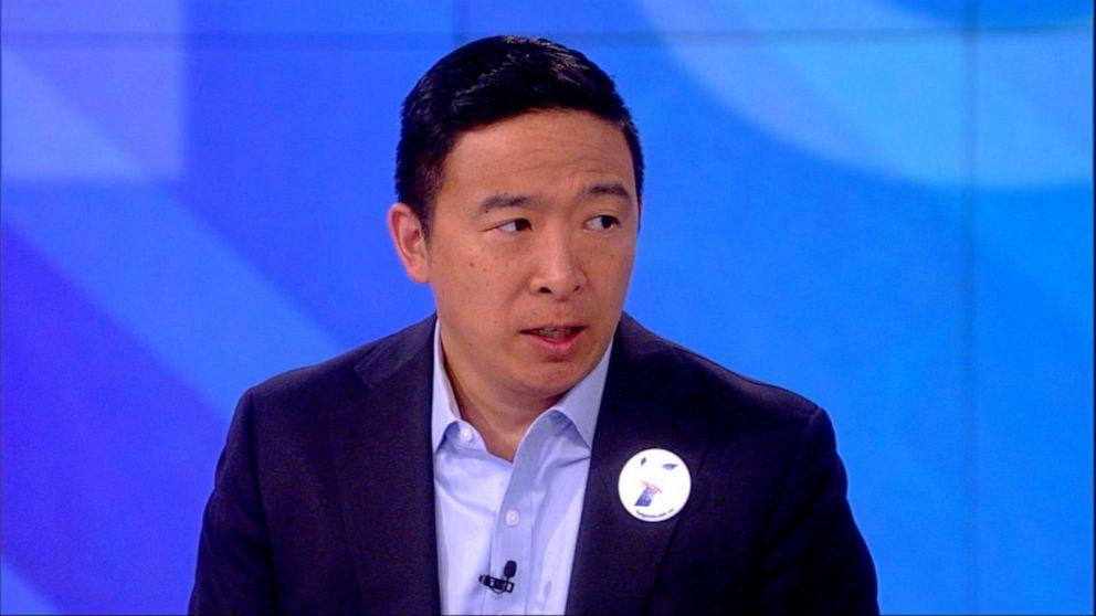 Andrew Yang >> Andrew Yang Clarifies His Claim About Mic Cut During Debate