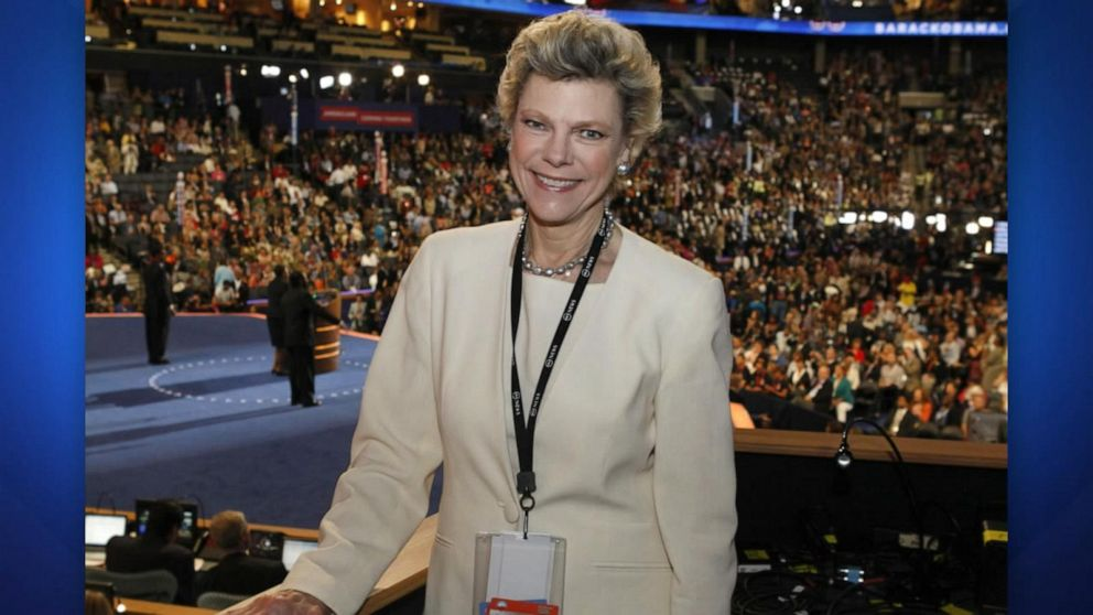 'The View' remembers legendary journalist Cokie Roberts