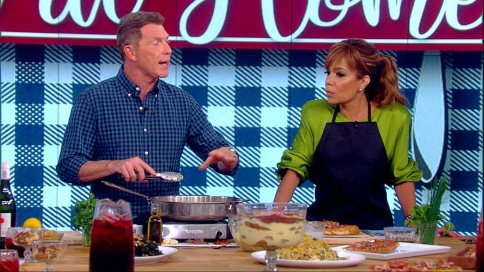 Bobby Flay's Calabrian Chile crab spaghetti will upgrade your lunch in a big way